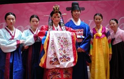 超奇特婚禮習俗 韓國-打新郎